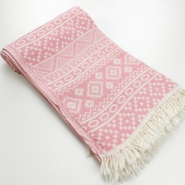 aztec style pattern towel dragee pink